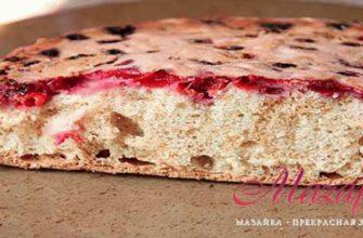Пирог с вишней - рецепт с фото