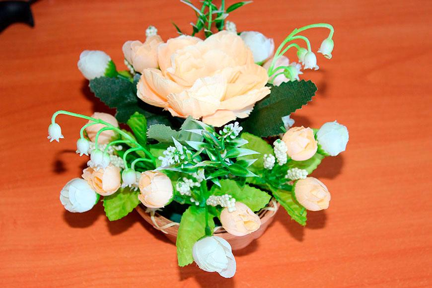 Как сделать цветочную корзинку своими руками